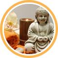 Buddha-Statue mit Handtüchern